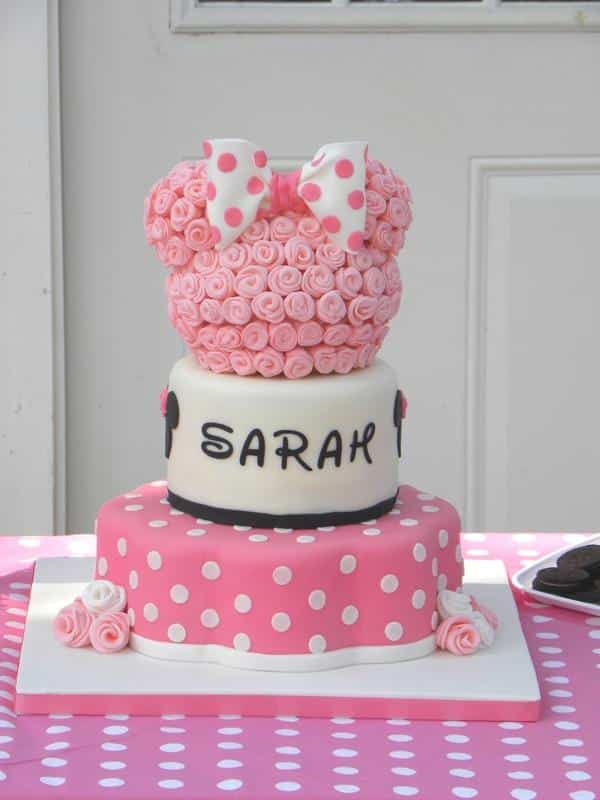 bolo da minnie rosa com bolinhas