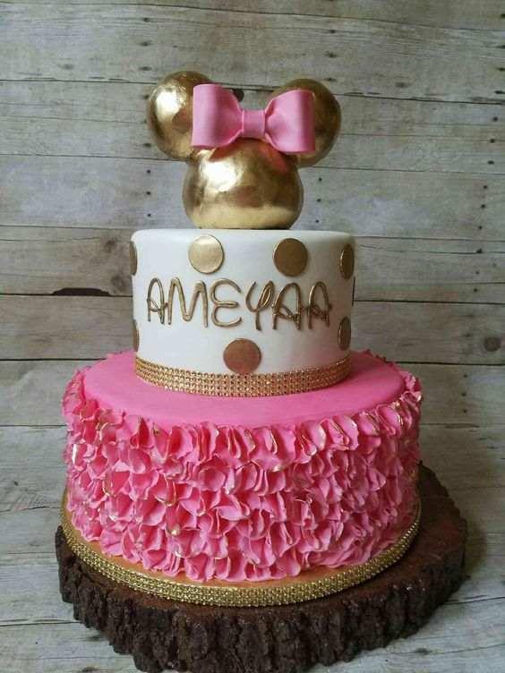 bolo da minie branco rosa e dourado