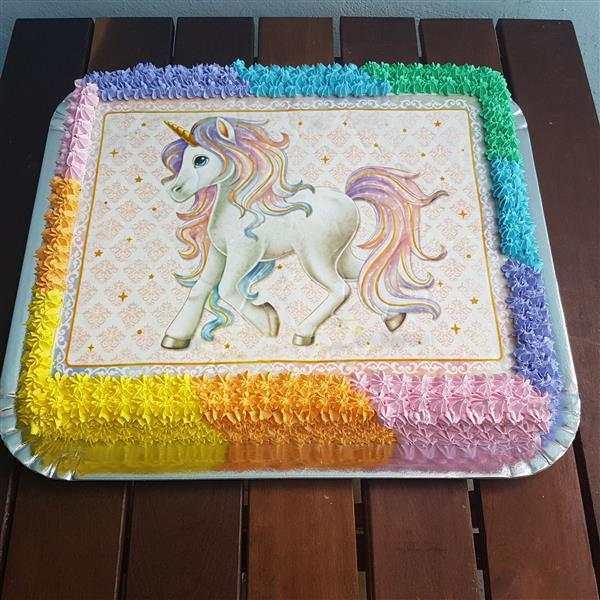 bolo de unicórnio quadrado