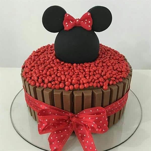 bolo da minnie com laço de fita
