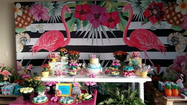 festa tropical com flamingo