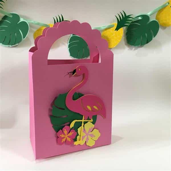 caixinha surpresa com flamingo