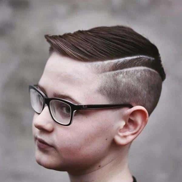 cabelo infantil masculino com topete