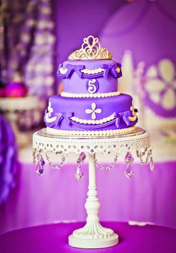 bolo da princesa sofia chantilly 2 andares
