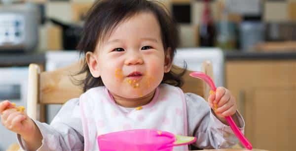 quando começar a introdução alimentar no bebe
