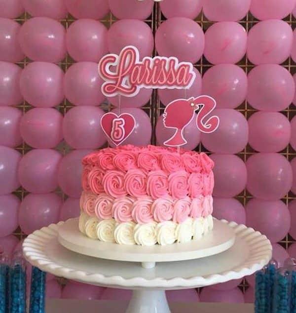 bolo da barbie com topo