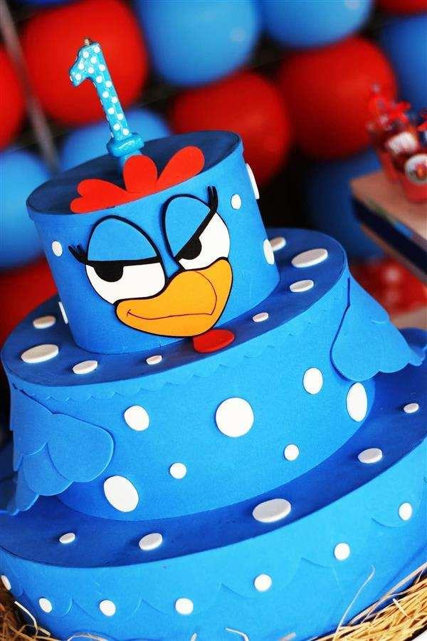 bolo da galinha pintadinha azul e vermelho