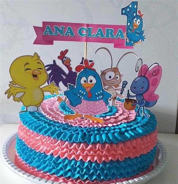 bolo rosa e azul com topo