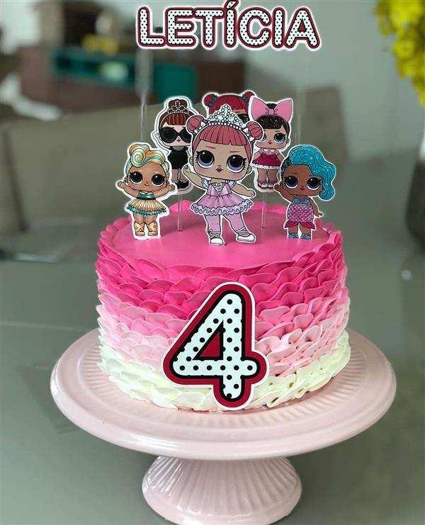bolo de 4 anos lol
