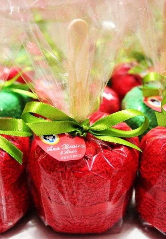 maçã de toalha de mão
