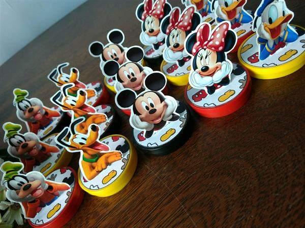 Latinha 3D Turma do Mickey