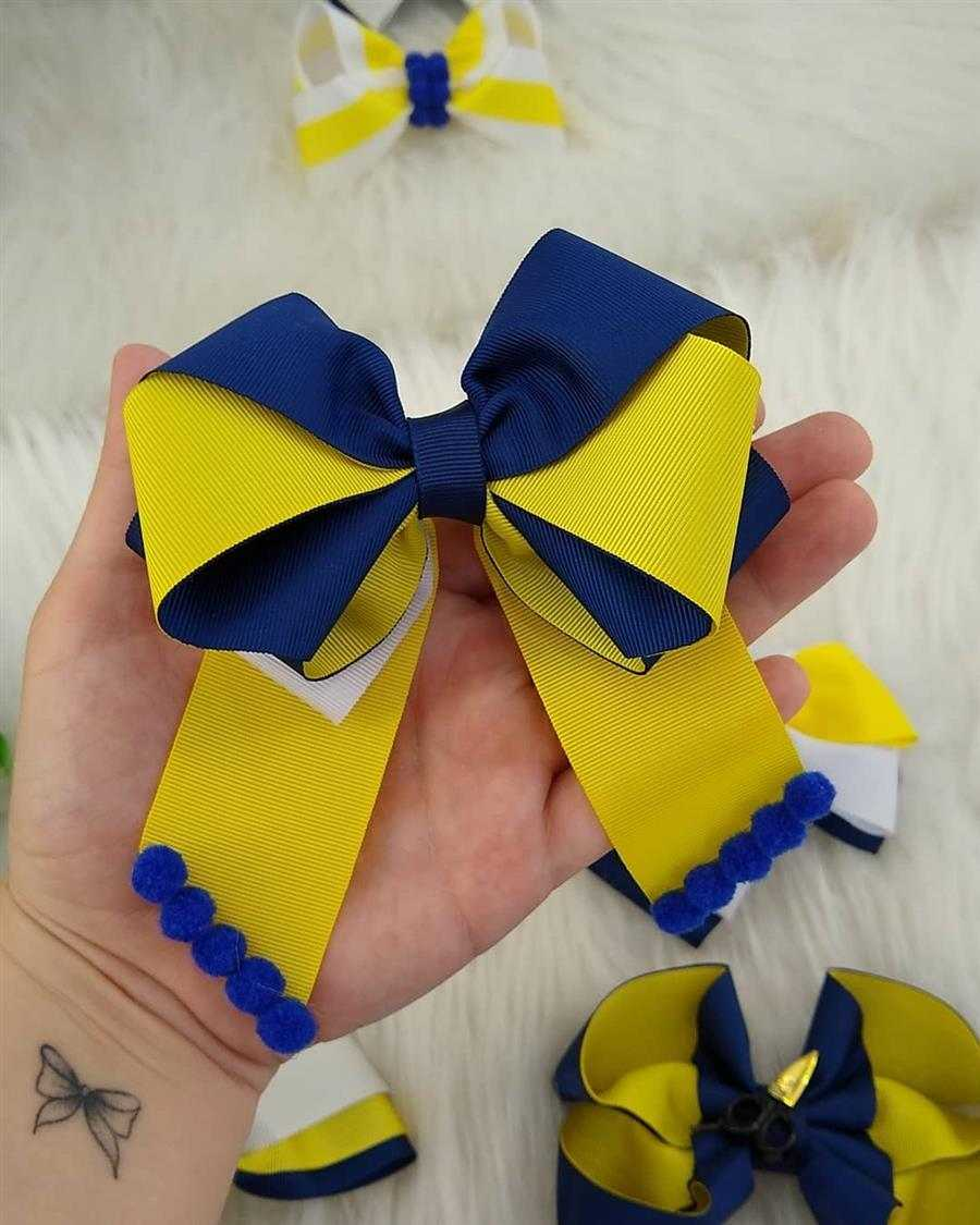 laço azul e amarelo