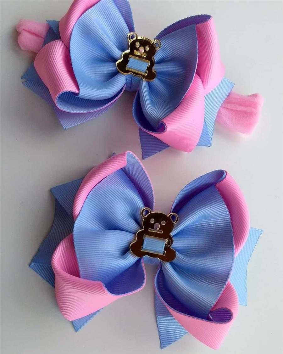 laço azul e rosa