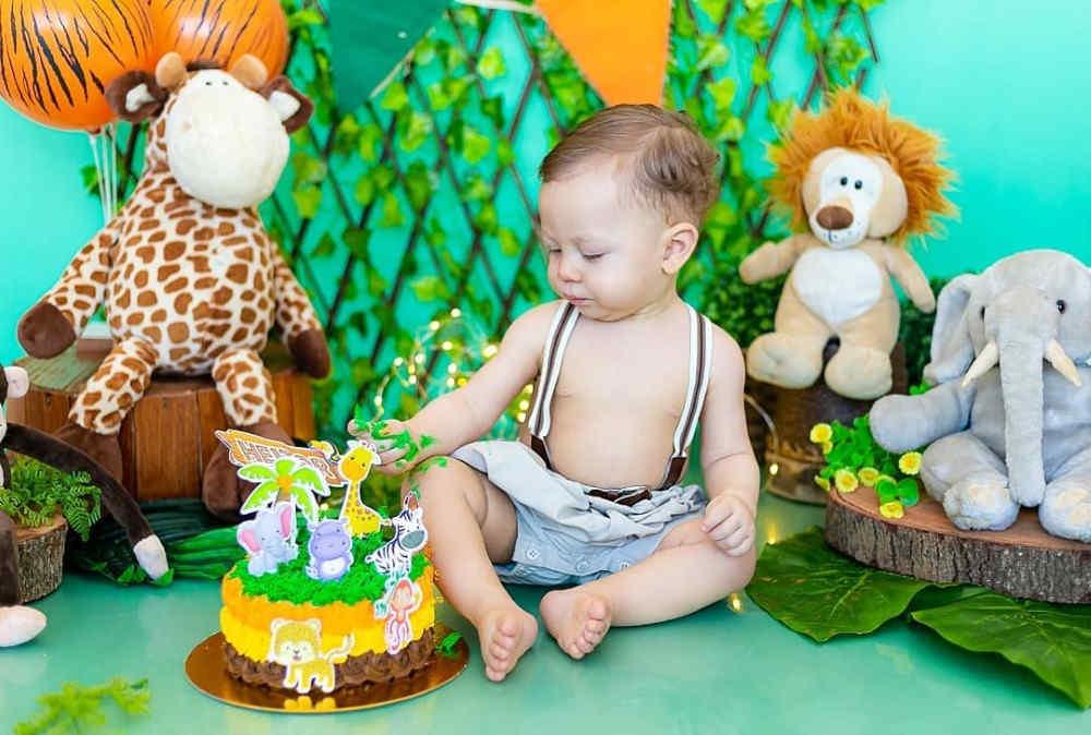 ensaios smash the cake menino