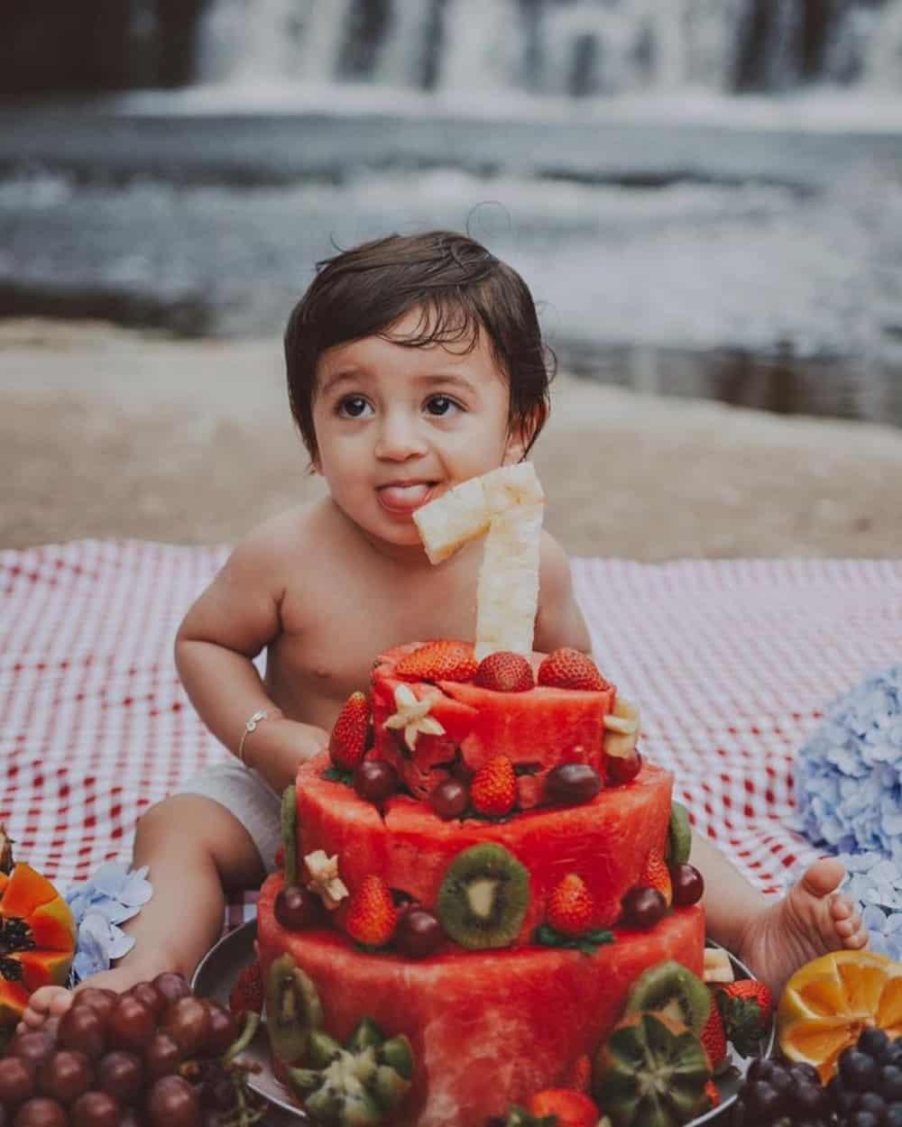 bolo de frutas