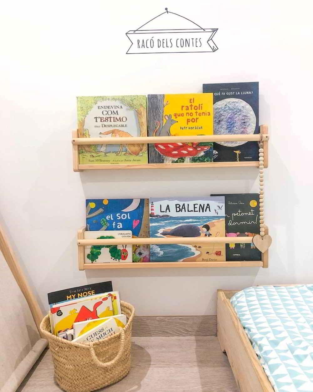 livros perto da cama