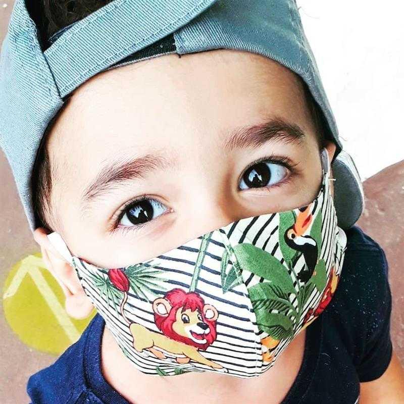 mascara de tecido infantil