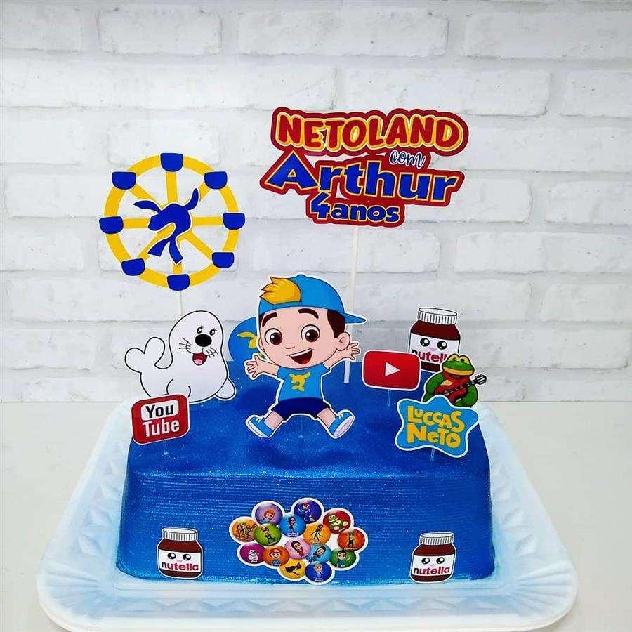 bolo do luccas neto quadrado azul