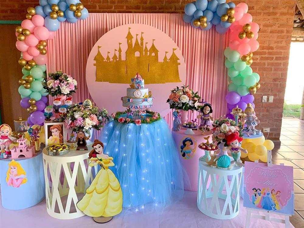 mesa de festa das princesas